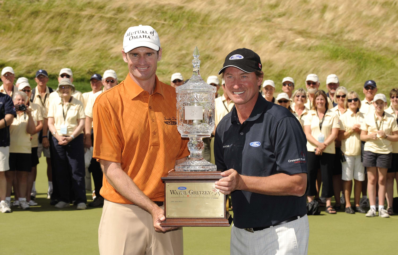 Roger Tambellini and Wayne Gretzky