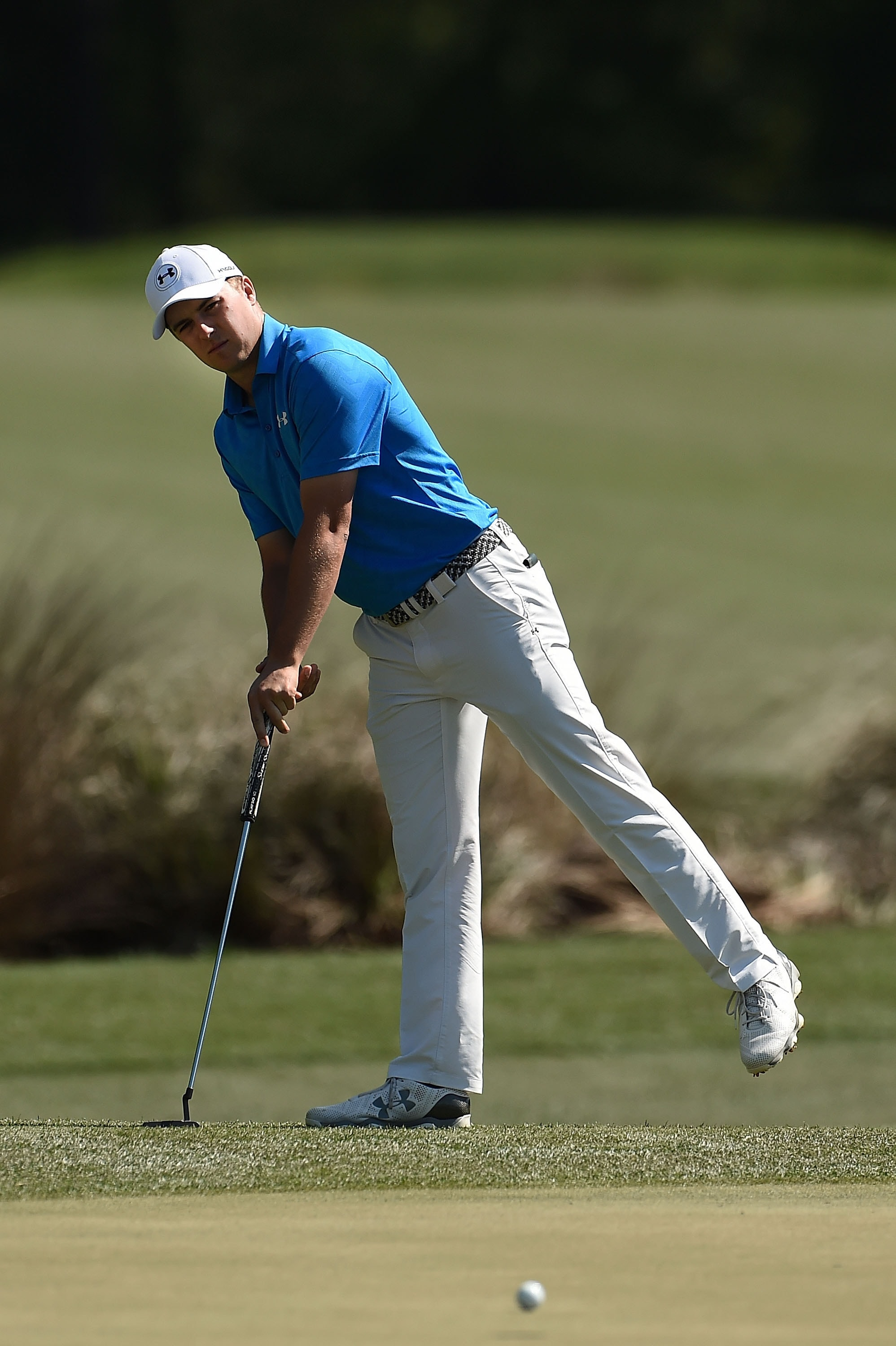 Desperate to improve his putting, Jordan Spieth tries out a new stance
