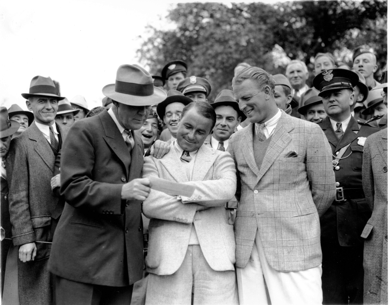 4. 1935: The 'shot heard 'round the world'