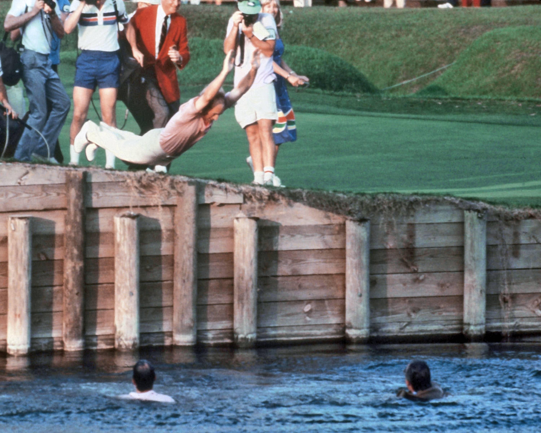 3. 1982: Pate makes a splash