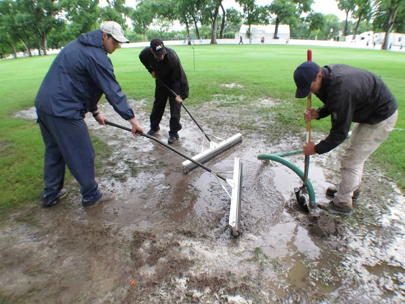 Colonial grounds crew