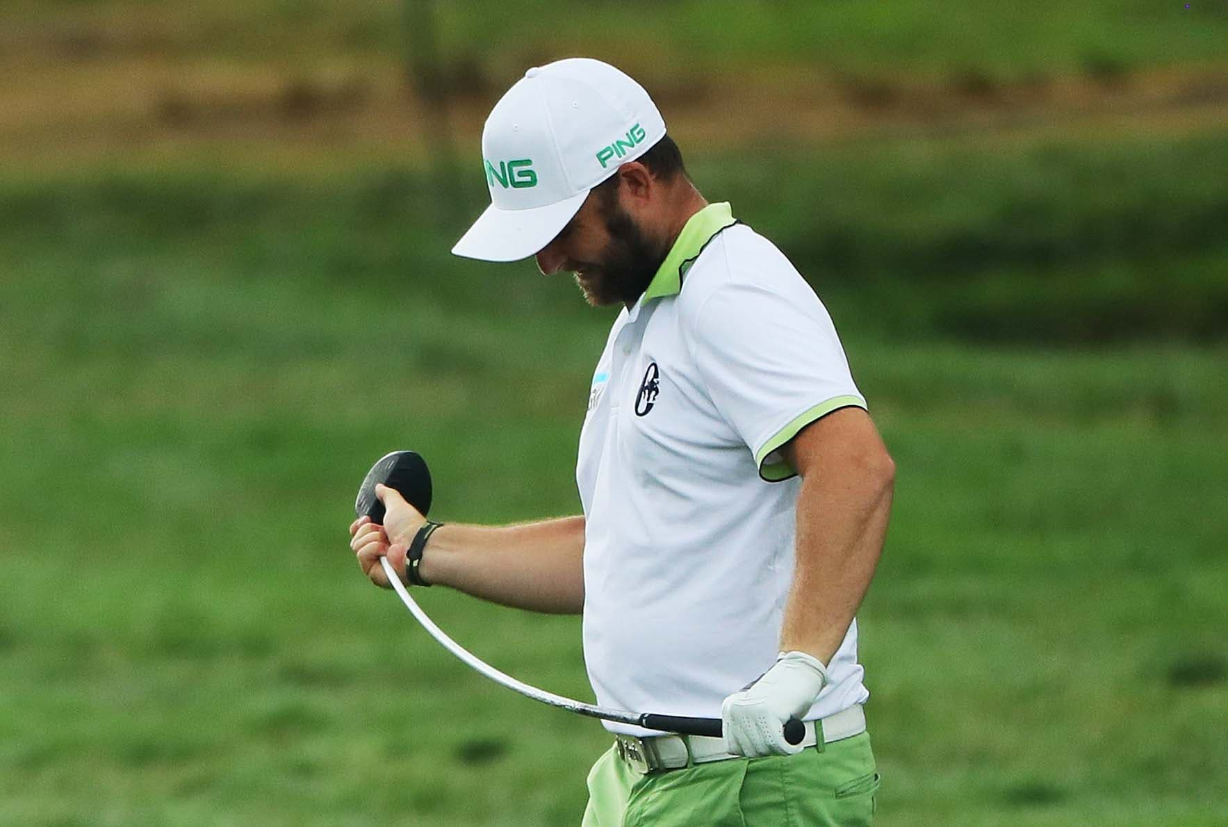 'I can't believe that equipment guy put a ladies shaft in my driver'