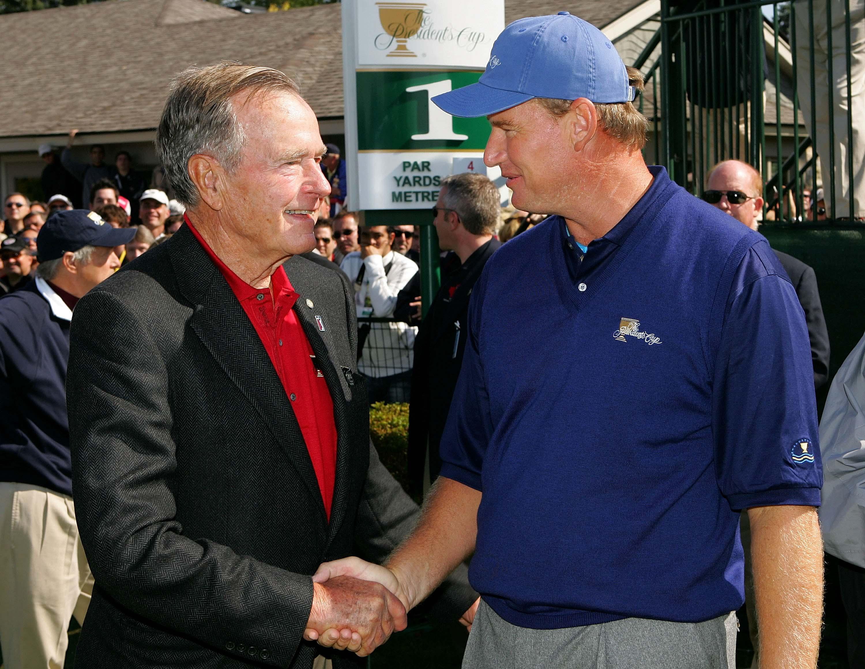 George H. W. Bush and Ernie Els