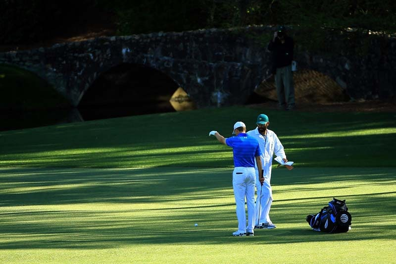 Spieth's blows up on No. 12 at Augusta