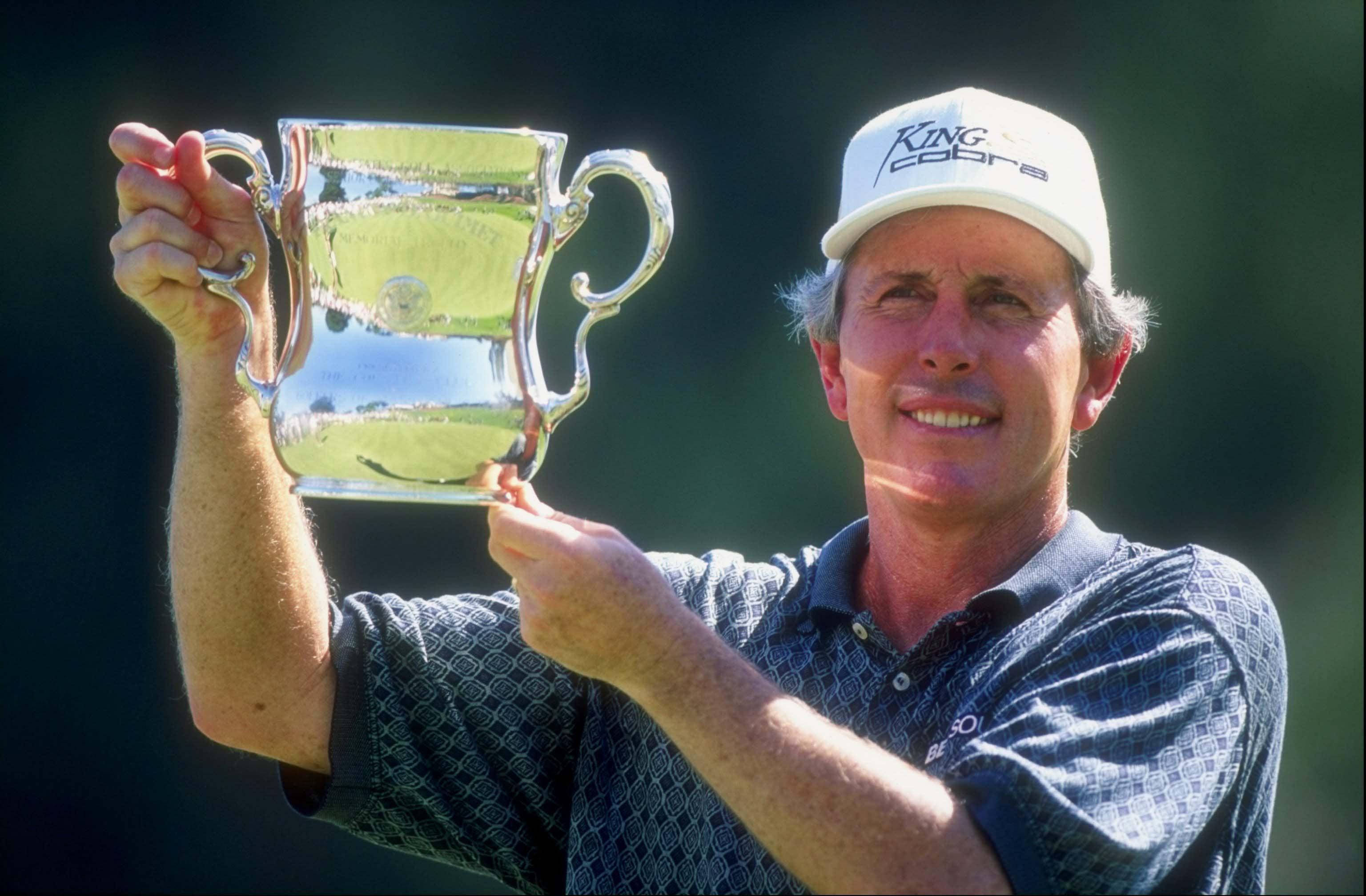Hale Irwin won the U.S. Senior Open at Riviera in 1998 ...