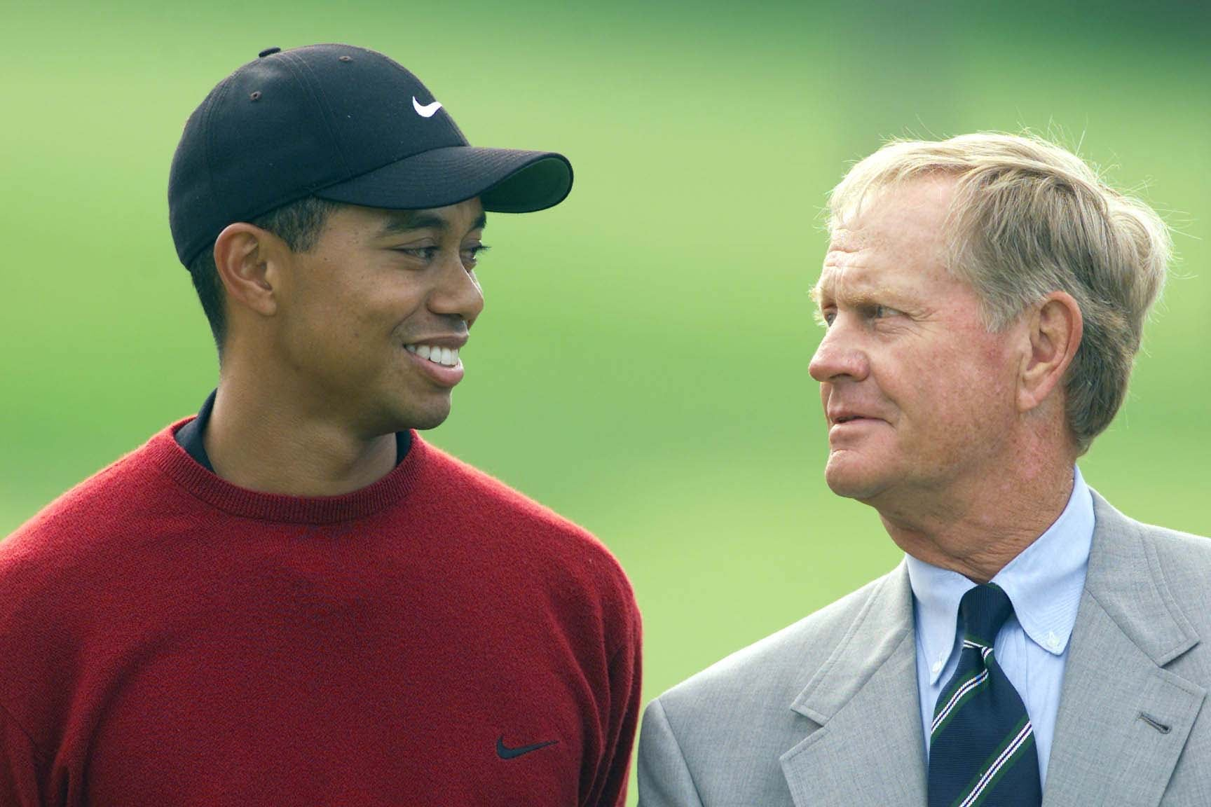 With Tiger Woods, 2001 Memorial Tournament