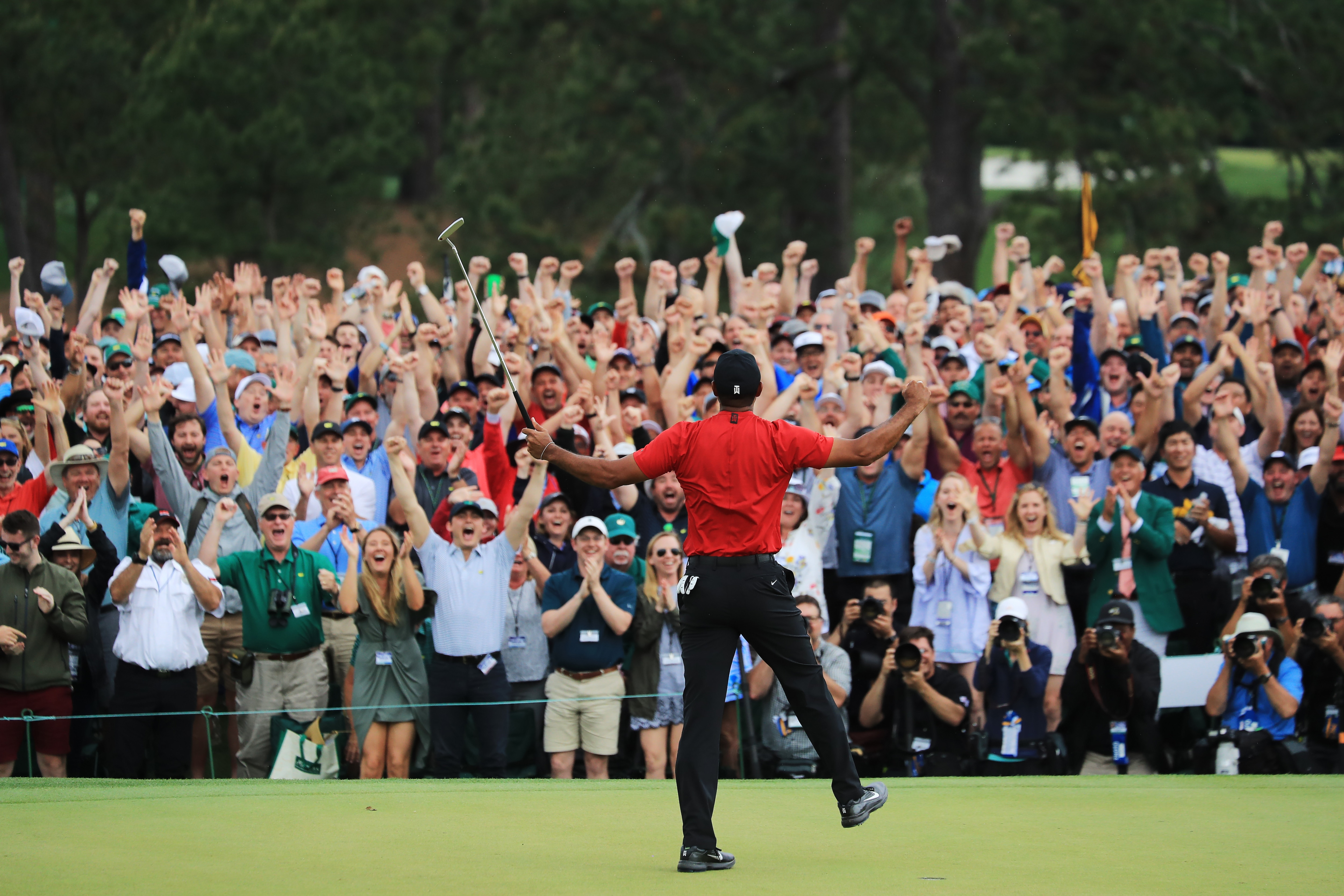 Patrons and Tiger Woods