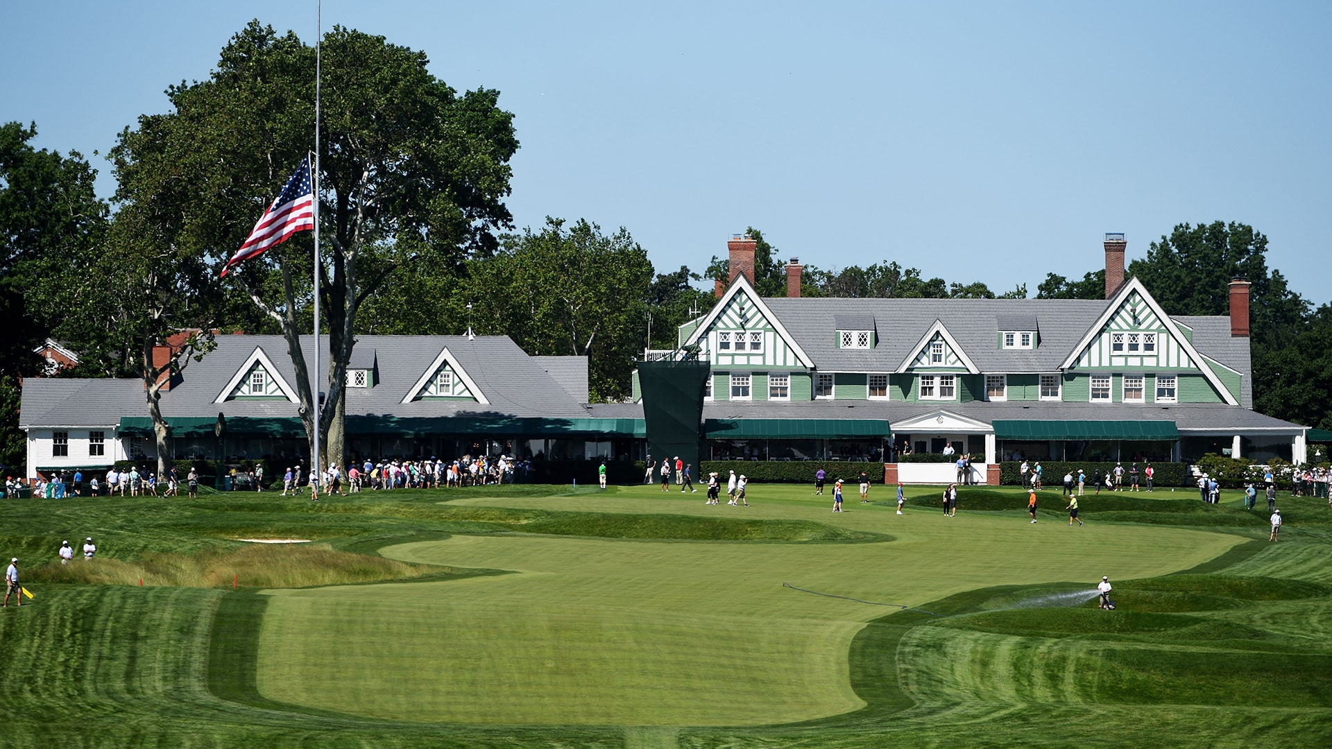 1. Oakmont Country Club