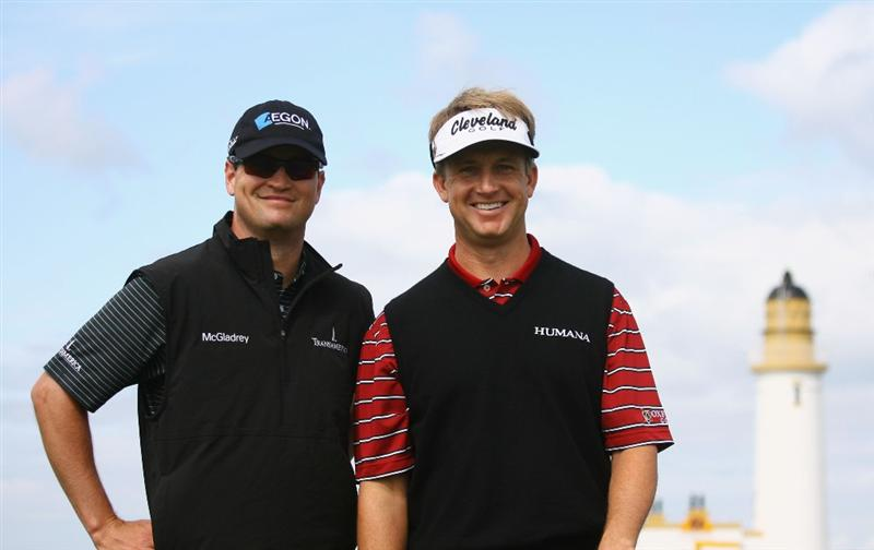 TURNBERRY, SCOTLAND - JULY 14:   Zach Johnson (L) and David Toms of USA pose for a photo during a practice round prior to the 138th Open Championship on the Ailsa Course, Turnberry Golf Club on July 14, 2009 in Turnberry, Scotland. (Photo by Warren Little/Getty Images)