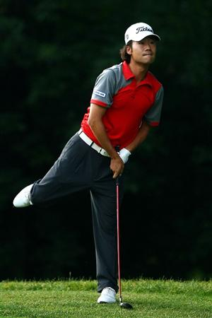 OAKVILLE, ONTARIO - JULY 23: Kevin Na reacts to his second shot on the second hole during round three of the RBC Canadian Open at Glen Abbey Golf Club on July 26, 2009 in Oakville, Ontario, Canada.  (Photo by Chris McGrath/Getty Images)