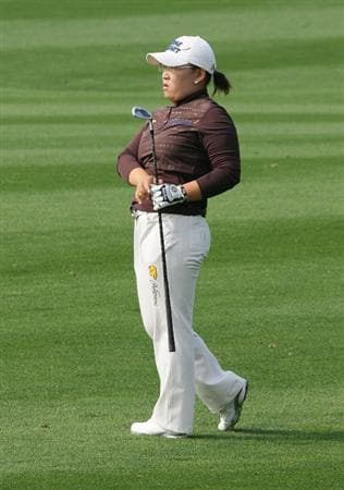 INCHEON, SOUTH KOREA - OCTOBER 30:  Jiyai Shin of South Korea hits a second shot in the 6th hole during round one of Hana Bank Kolon Championship at Sky 72 Golf Club on October 30, 2009 in Incheon, South Korea.  (Photo by Chung Sung-Jun/Getty Images)