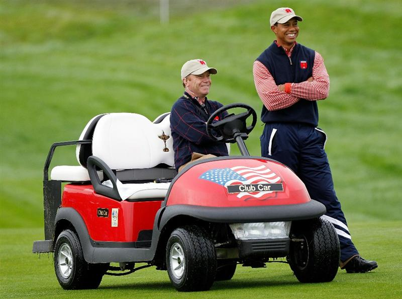 NEWPORT, WALES - SEPTEMBER 30:  Tiger Woods of the USA chats with Vice Captain Jeff Sluman during a practice round prior to the 2010 Ryder Cup at the Celtic Manor Resort on September 30, 2010 in Newport, Wales.  (Photo by Sam Greenwood/Getty Images)