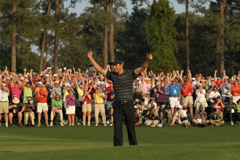 AUGUSTA, GA - APRIL 10:  Charl Schwartzel of South Africa celebrates his two-stroke victory on the 18th green during the final round of the 2011 Masters Tournament at Augusta National Golf Club on April 10, 2011 in Augusta, Georgia.  (Photo by Jamie Squire/Getty Images)