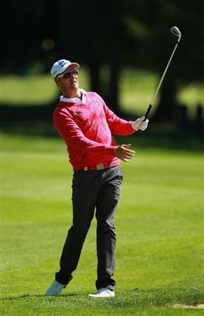 CRANS, SWITZERLAND - SEPTEMBER 03:  Mikko Ilonen of Sweden plays his second shot into the 17th green during the second round of The Omega European Masters at Crans-Sur-Sierre Golf Club on September 3, 2010 in Crans Montana, Switzerland.  (Photo by Warren Little/Getty Images)