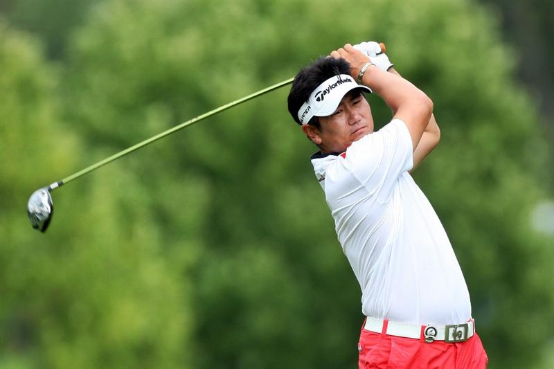 CHASKA, MN - AUGUST 15:  Y.E. Yang of South Korea hits his tee shot on the 12th hole during the third round of the 91st PGA Championship at Hazeltine National Golf Club on August 15, 2009 in Chaska, Minnesota.  (Photo by David Cannon/Getty Images)