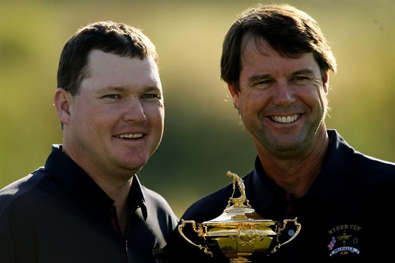 LOUISVILLE, KY - SEPTEMBER 17:  Chad Campbell of the USA team poses with team captain Paul Azinger during the USA team photo shoot prior to the 2008 Ryder Cup at Valhalla Golf Club on September 17, 2008 in Louisville, Kentucky.  (Photo by Andy Lyons/Getty Images)