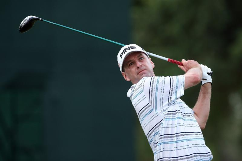DORAL, FL - MARCH 12:  Kevin Sutherland of the USA plays his tee shot at the 2nd hole during the first round of the World Golf Championships-CA Championship at the Doral Golf Resort & Spa on March 12, 2009 in Miami, Florida  (Photo by David Cannon/Getty Images)