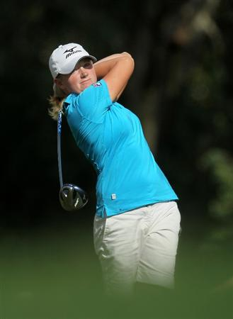 RANCHO MIRAGE, CA - APRIL 02:  Stacy Lewis hits her tee shot on the 16th hole during the third round of the Kraft Nabisco Championship at Mission Hills Country Club on April 2, 2011 in Rancho Mirage, California.  (Photo by Stephen Dunn/Getty Images)