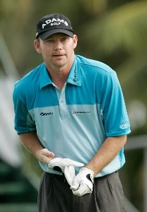 Tommy 'Two Gloves' Gainey removes his gloves at the first tee box during the first round at the Sony Open in Hawaii held at Waialae Country Club on January 10, 2008 in Honolulu, Hawaii. PGA TOUR - 2008 Sony Open in Hawaii - First RoundPhoto by Stan Badz/PGA TOUR/WireImage.com
