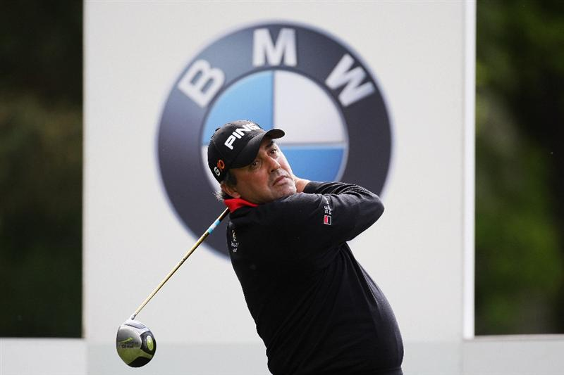 WENTWORTH, ENGLAND - MAY 20:  Angel Cabrera of Argentina competes in the Pro Am at the BMW PGA Championship at Wentworth on May 20, 2009 in Virginia Water, England.  (Photo by Ross Kinnaird/Getty Images)