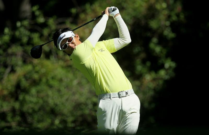 PACIFIC PALISADES, CA - FEBRUARY 17:  Ryuji Imada of Japan hits his tee shot on the 12th hole during round one of the Northern Trust Open at Riviera Counrty Club on February 17, 2011 in Pacific Palisades, California.  (Photo by Stephen Dunn/Getty Images)