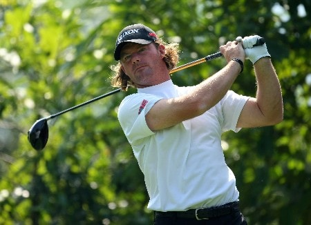 SHENZHEN, CHINA - NOVEMBER 21:  Alex Cejka of Germany in action during the Pro-Am for the Omega Mission Hills World Cup at the Mission Hills Resort on 21 November 2007 in Shenzhen, China.  (Photo by Richard Heathcote/Getty Images)
