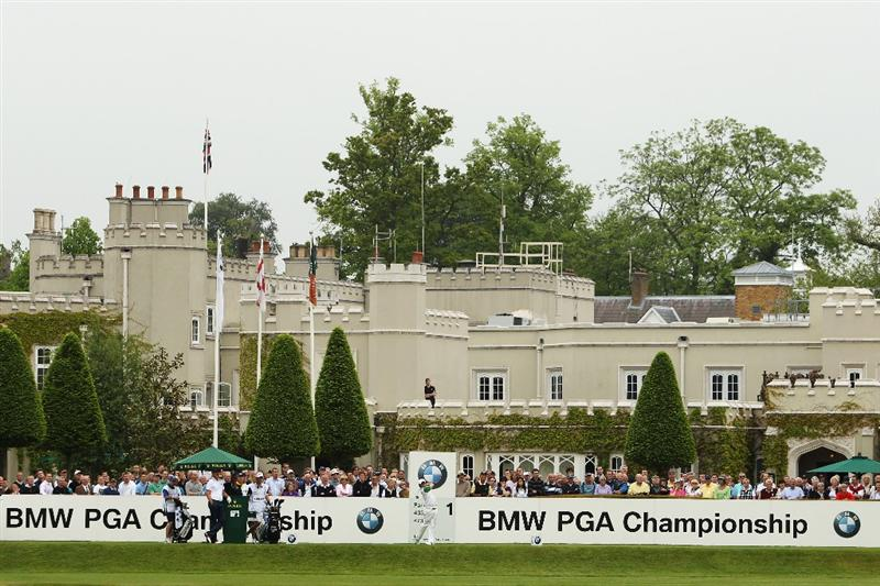 VIRGINIA WATER, ENGLAND - MAY 20:  Rory McIlroy of Northern Ireland tees off at the 1st hole during the first round of the BMW PGA Championship on the West Course at Wentworth on May 20, 2010 in Virginia Water, England.  (Photo by Ian Walton/Getty Images)