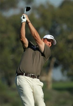 LA JOLLA, CA - JANUARY 29:  Phil Mickelson hits his tee shot on the second hole during round three of the Farmers Insurance Open at Torrey Pines South Course on January 29, 2011 in La Jolla, California.  (Photo by Stephen Dunn/Getty Images)