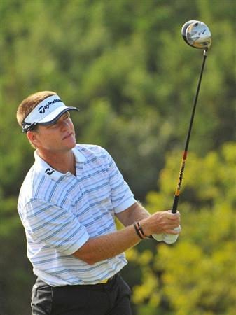 SAN ANTONIO,TX - OCTOBER 10: Scott Verplank tees off the 9th hole during the second round of the Valero Texas Open  held at La Cantera Golf Club on October 10, 2008 in San Antonio, Texas  (Photo by Marc Feldman\Getty Images)