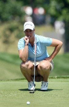 HAVRE DE GRACE, MD - JUNE 09:  Brittany Lincicome of the USA lines up a putt on the 1st green during the third round of the 2007 McDonald's LPGA Championship held at Bulle Rock golf course, on June 9, 2007 in Havre de Grace, Maryland.  (Photo by David Cannon/Getty Images)