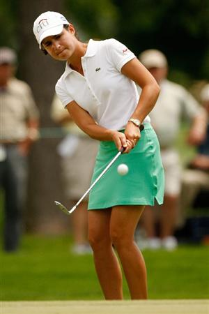 BETHLEHEM, PA - JULY 11:  Lorena Ochoa of Mexico chips onto the green on the 14th hole during the third round of the 2009 U.S. Women's Open at Saucon Valley Country Club on July 11, 2009 in Bethlehem, Pennsylvania.  (Photo by Chris Graythen/Getty Images)