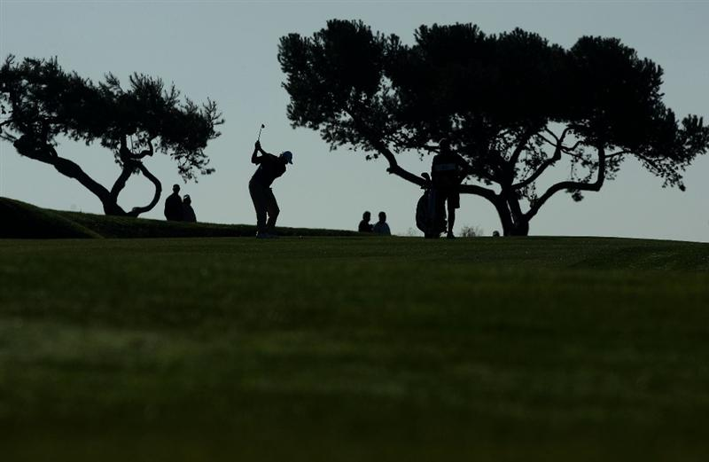 LA JOLLA, CA - JANUARY 30:  Ernie Els of South Africa hits off the 2nd fairway during the third round of the 2010 Farmers Insurance Open on January 30, 2010 at Torrey Pines Golf Course in La Jolla, California. (Photo by Donald Miralle/Getty Images)