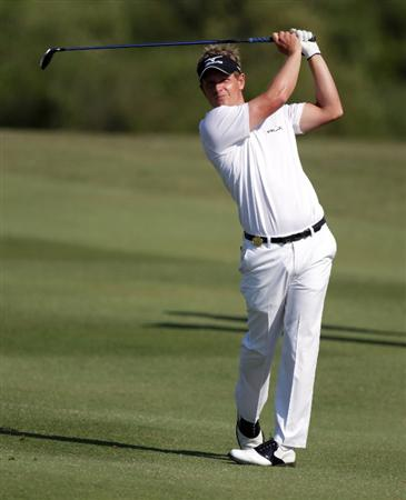 CASARES, SPAIN - MAY 22:  Luke Donald of England during the semi-final of the Volvo World Match Play Championship at Finca Cortesin on May 22, 2011 in Casares, Spain.  (Photo by Ross Kinnaird/Getty Images)