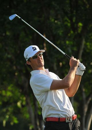 PLANO, TX  - MAY 25: Will MacKenzie tees off the par three 11th hole during the International Final Qualifying America for the 2009 British Open Championship at the Gleneagles Country Club on May 25, 2009 in Plano, Texas. Those who are successful will advance to the 138th Open Championship at Turnberry Golf Club in Scotland on July 16-19. (Photo by Marc Feldman/ Getty Images)