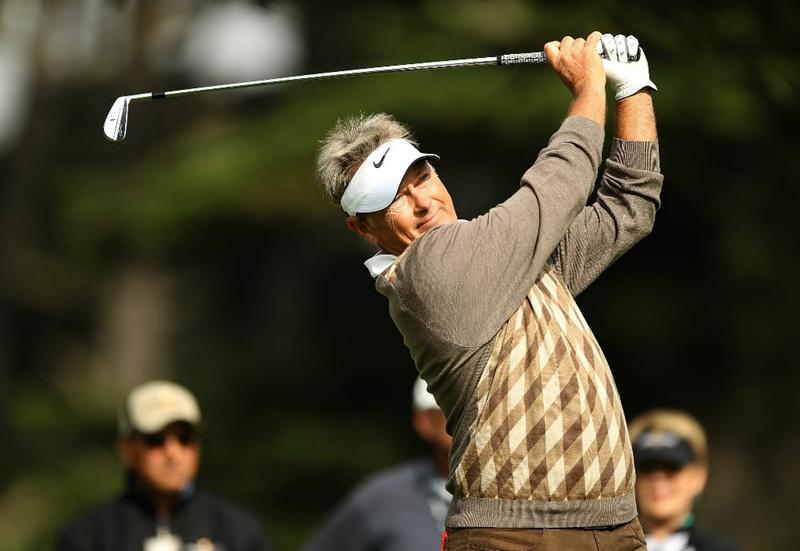 SAN FRANCISCO - NOVEMBER 05:  John Cook tees off on the 3rd hole during round 2 of the Charles Schwab Cup Championship at Harding Park Golf Course on November 5, 2010 in San Francisco, California.  (Photo by Ezra Shaw/Getty Images)