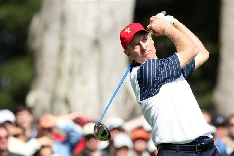 SAN FRANCISCO - OCTOBER 09:  Jim Furyk of the USA Team hits his tee shot at the 6th hole during the Day Two Fourball Matches in The Presidents Cup at Harding Park Golf Course on October 9, 2009 in San Francisco, California  (Photo by David Cannon/Getty Images)