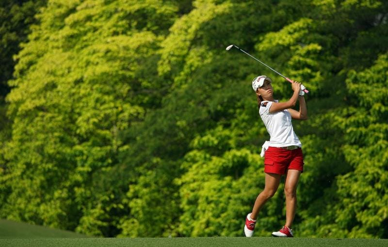 SINGAPORE - MARCH 06:  Momoko Ueda of Japan in action during the second round of the HSBC Women's Champions at Tanah Merah Country Club on March 6, 2009 in Singapore.  (Photo by Andrew Redington/Getty Images)