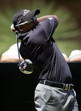 PERTH, AUSTRALIA - FEBRUARY 18: James Kamte tees off during the 2009 Johnnie Walker Classic Pro Am held at The Vines Golf Club February 18, 2009 in Perth, Australia.  (Photo by Paul Kane/Getty Images)