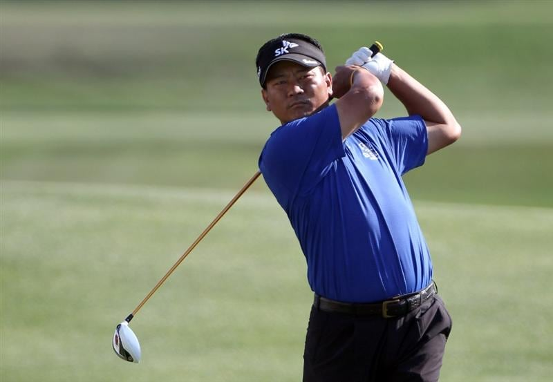 ORLANDO, FL - MARCH 25:  K.J. Choi of Korea plays a shot on the 18th hole during the second round of the Bay Hill Invitational presented by MasterCard at the Bay Hill Club and Lodge on March 25, 2011 in Orlando, Florida.  (Photo by Sam Greenwood/Getty Images)