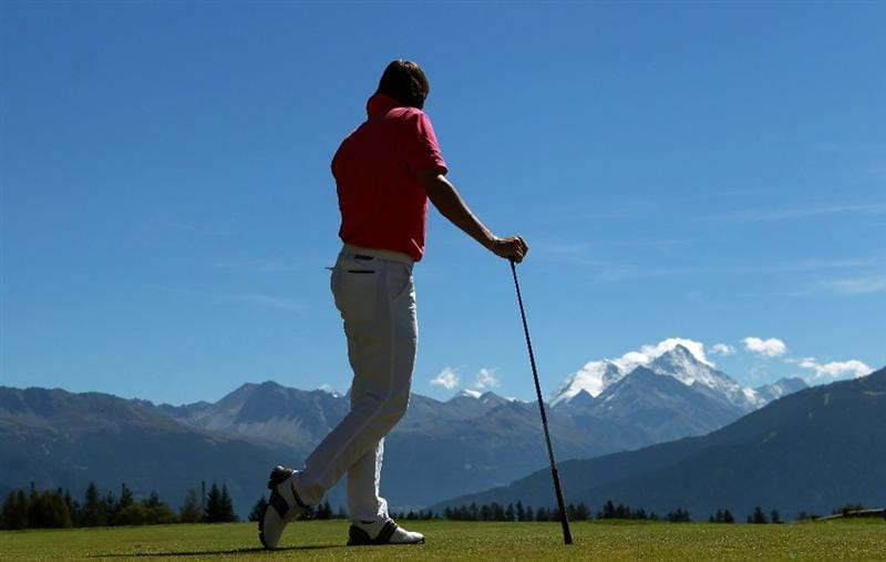 CRANS, SWITZERLAND - SEPTEMBER 04:  Robert-Jan Derksen of the Netherlands tees off on the seventh hole during the third round of The Omega European Masters at Crans-Sur-Sierre Golf Club on September 4, 2010 in Crans Montana, Switzerland.  (Photo by Warren Little/Getty Images)