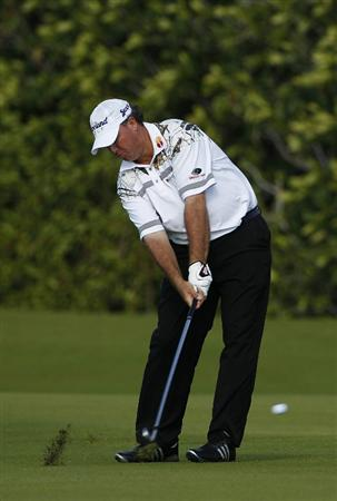PLAYA DEL CARMEN, MEXICO - FEBRUARY 24:  Boo Weekley hits a shot from the fairway during the first round of the Mayakoba Golf Classic at Riviera Maya-Cancun held at El Camaleon Golf Club on February 24, 2011 in Playa del Carmen, Mexico.  (Photo by Michael Cohen/Getty Images)