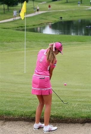 SPRINGFIELD, IL - JUNE 07:  Paula Creamer chips in from the rough for an eagle on the first hole during the fourth round of the LPGA State Farm Classic golf tournament at Panther Creek Country Club on June 7, 2009 in Springfield, Illinois.  (Photo by Christian Petersen/Getty Images)
