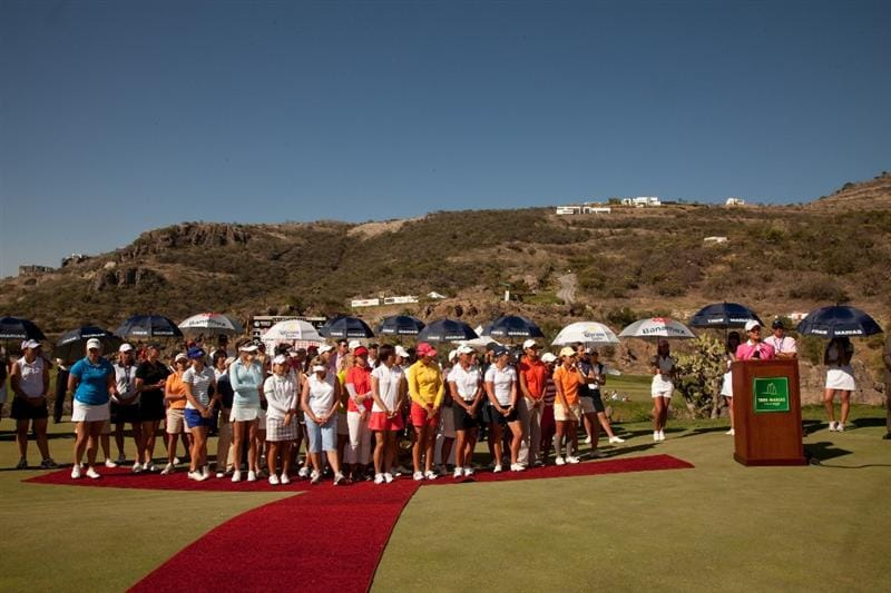 MORELIA, MEXICO - MAY 2: Lorena Ochoa of Mexico addresses the crowd as LPGA players pose beside her following the fourth round of the Tres Marias Championship at the Tres Marias Country Club on May 2, 2010 in Morelia, Mexico. (Photo by Darren Carroll/Getty Images)