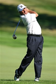 BLOOMFIELD HILLS, MI - AUGUST 08:  Fred Couples plays a shot on the eighth hole during round two of the 90th PGA Championship at Oakland Hills Country Club on August 8, 2008 in Bloomfield Township, Michigan.  (Photo by Stuart Franklin/Getty Images)