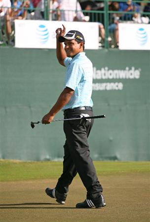 BROUSSARD, LA - MARCH 28: Fabian Gomez of Argentina waves to the crowd on the 18th hole during the final round of the Chitimacha Louisiana Open at Le Triomphe Country Club on March 28, 2010 in Broussard, Louisiana. (Photo by Hunter Martin/Getty Images)
