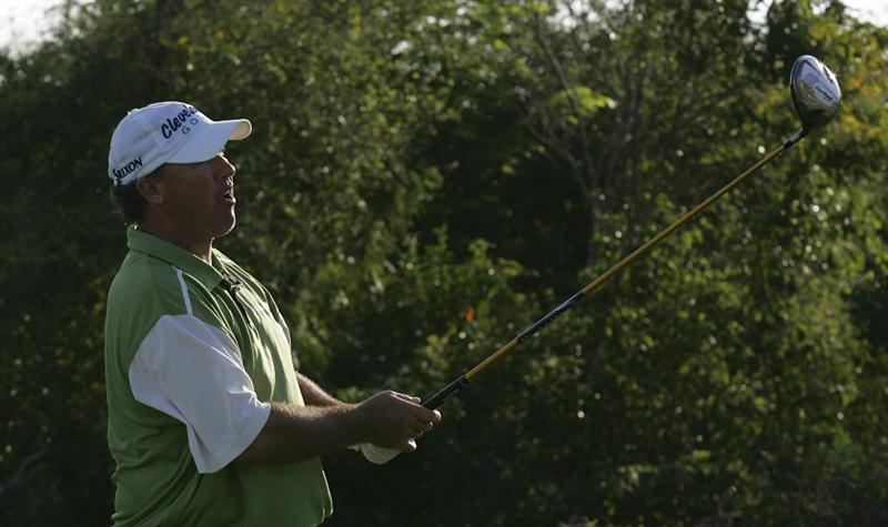 PLAYA DEL CARMEN, MEXICO - FEBRUARY 25:  Boo Weekley watches his drive during the second round of the Mayakoba Golf Classic at Riviera Maya-Cancun held at El Camaleon Golf Club on February 25, 2011 in Playa del Carmen, Mexico.  (Photo by Michael Cohen/Getty Images)