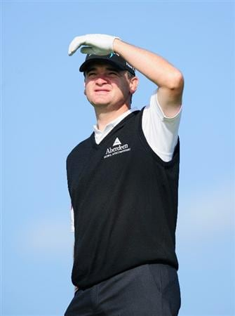 MADRID, SPAIN - MAY 26:  Paul Lawrie of Scotland watches his approach shot during the Pro-Am of the Madrid Masters at Real Sociedad hipica Espanola club de campo on May 26, 2010 in Madrid, Spain.  (Photo by Stuart Franklin/Getty Images)