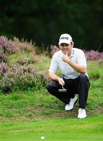 HILVERSUM, NETHERLANDS - SEPTEMBER 10:  Louis Oosthuizen  of South Africa ponders his putt on the seventh hole during the second round of  The KLM Open Golf at The Hillversumsche Golf Club on September 10, 2010 in Hilversum, Netherlands.  (Photo by Stuart Franklin/Getty Images)