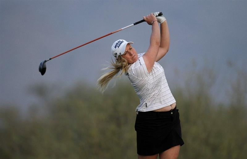 PHOENIX, AZ - MARCH 19:  Brittany Lincicome hits her tee shot on the 18th hole during the second round of the RR Donnelley LPGA Founders Cup at Wildfire Golf Club on March 19, 2011 in Phoenix, Arizona. (Photo by Stephen Dunn/Getty Images)