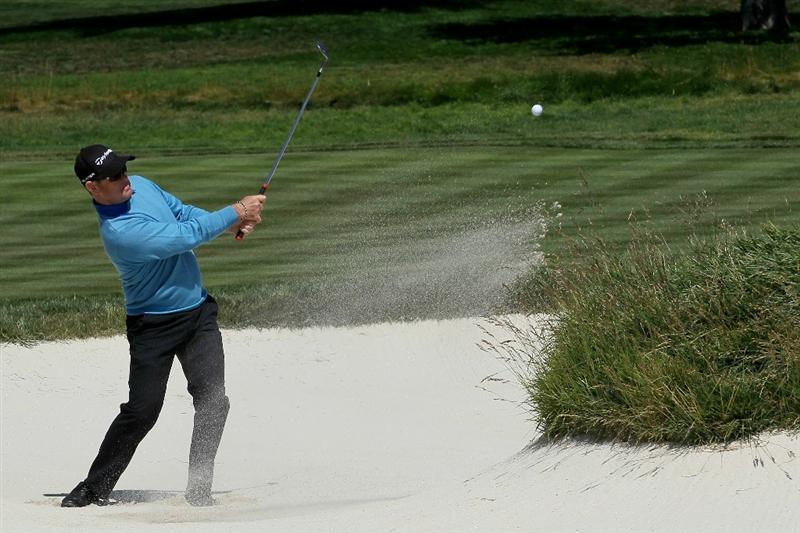 PEBBLE BEACH, CA - JUNE 17:  Rory Sabbatini of South Africa hits from a bunker on the second hole during the first round of the 110th U.S. Open at Pebble Beach Golf Links on June 17, 2010 in Pebble Beach, California.  (Photo by Stephen Dunn/Getty Images)